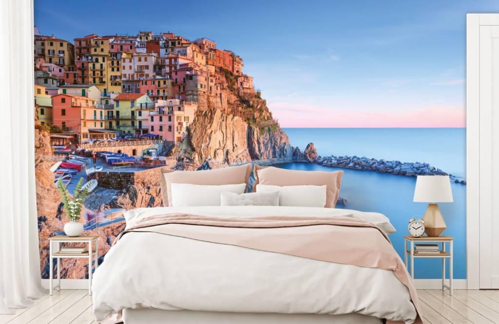 Steden behang - Dorp op een rots in Italië - Slaapkamer 2