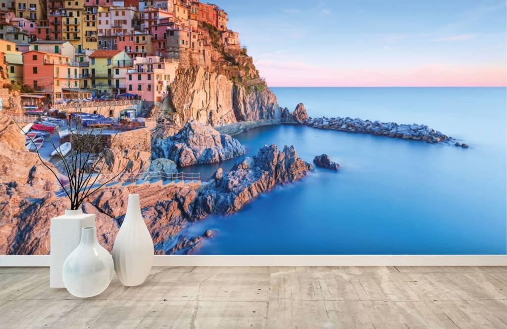 Steden behang - Dorp op een rots in Italië - Slaapkamer 8