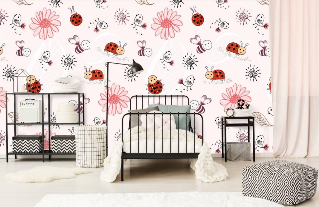Baby behang - Bloemetjes en bijtjes - Babykamer 2