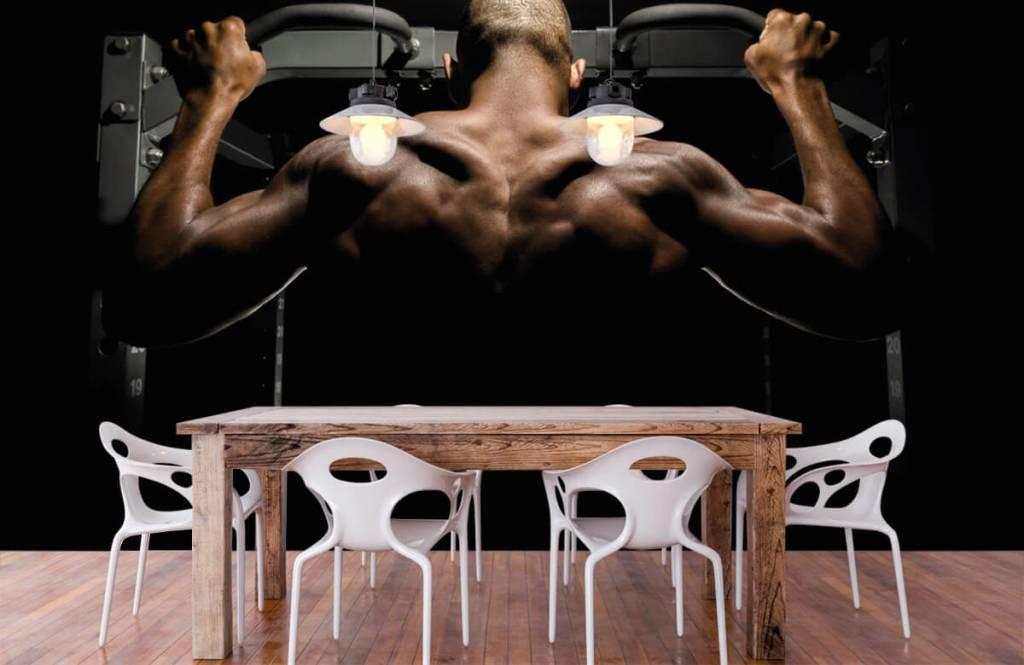 Fitness - Man met een gespierde rug - Garage 2