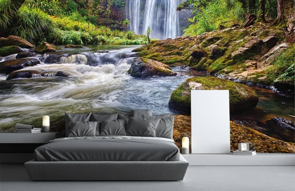 Watervallen - Waterval met stenen - Directie 1