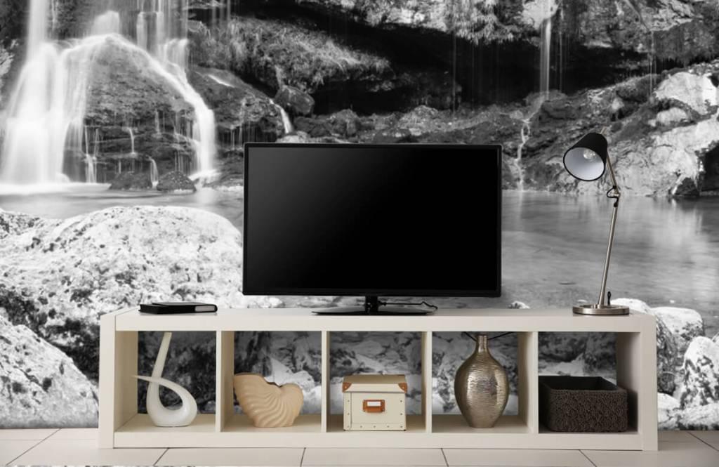 Zwart Wit behang - Waterval over een stenen wand - Slaapkamer 5