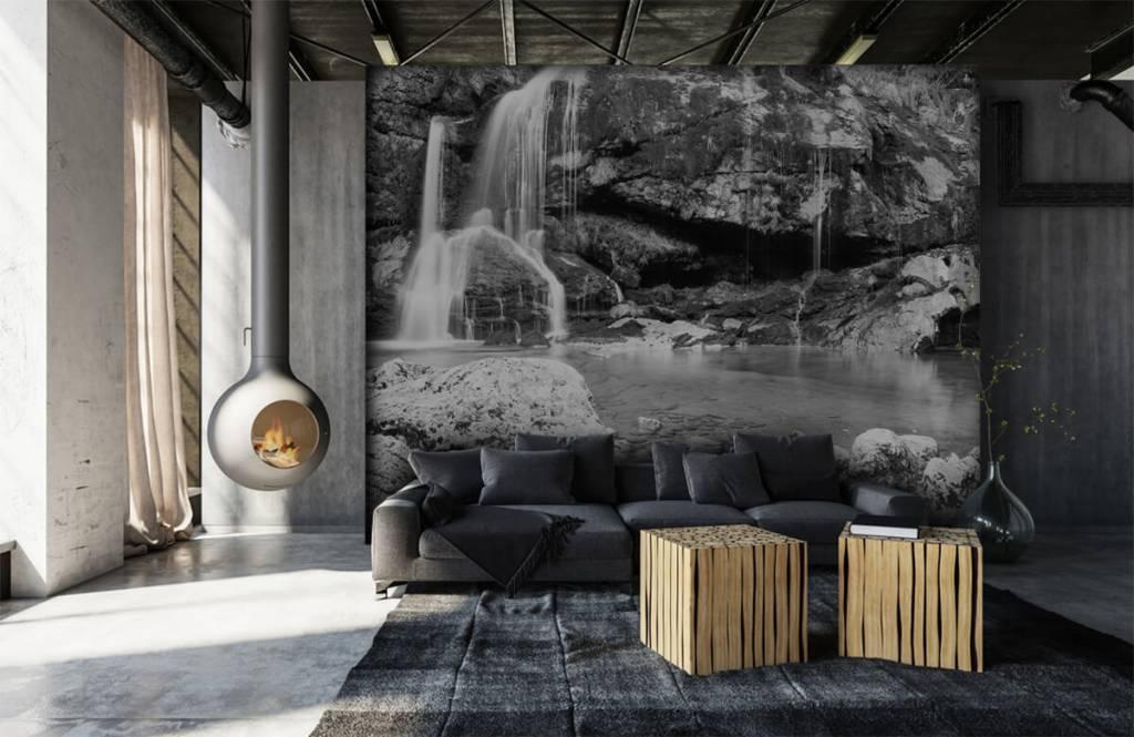Zwart Wit behang - Waterval over een stenen wand - Slaapkamer 7