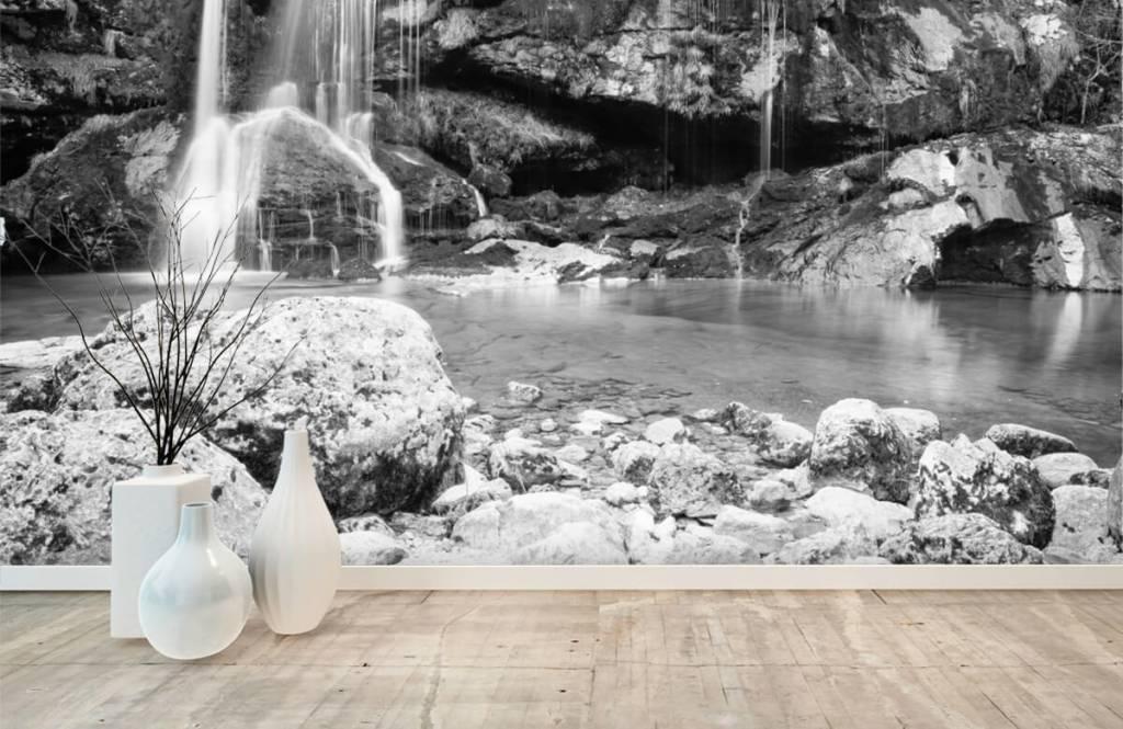 Zwart Wit behang - Waterval over een stenen wand - Slaapkamer 8
