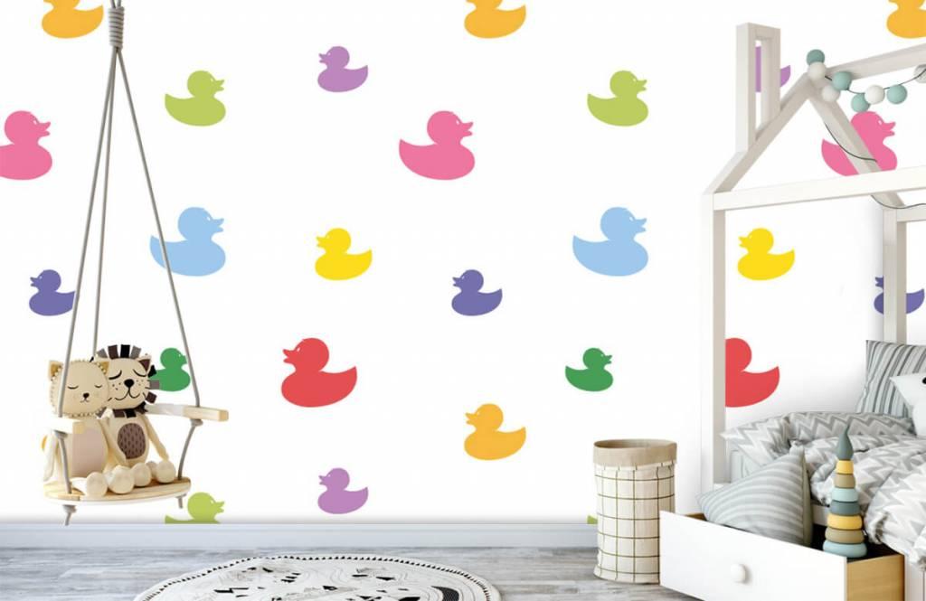 Overige - Gekleurde badeendjes - Babykamer 4