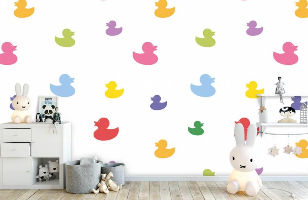 Overige - Gekleurde badeendjes - Babykamer 5