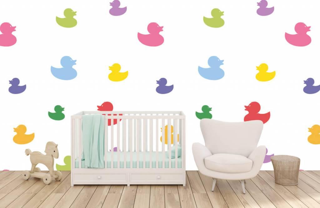 Overige - Gekleurde badeendjes - Babykamer 6