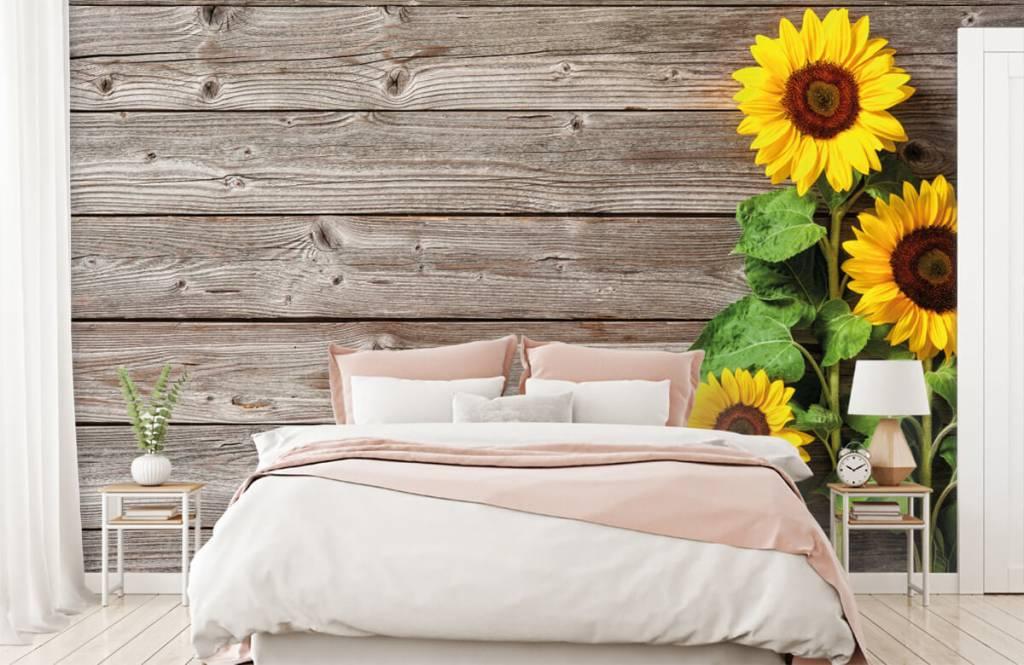 Zonnebloemen - Zonnebloemen en hout - Garage 1
