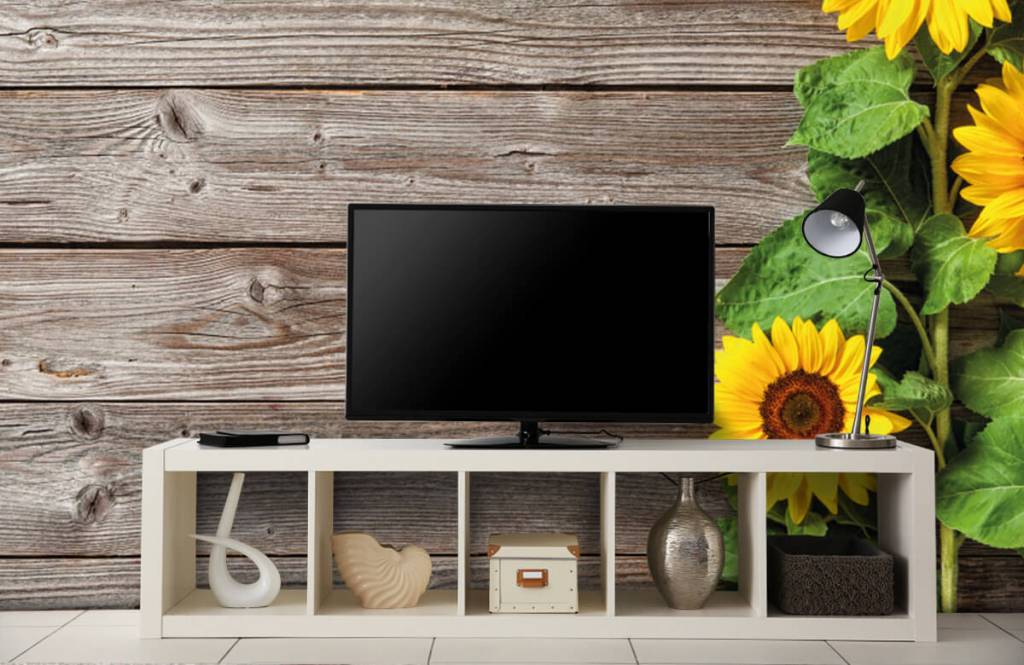 Zonnebloemen - Zonnebloemen en hout - Garage 4