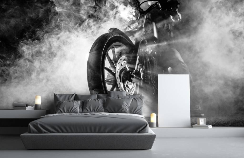 Zwart Wit behang - Motor met rook - Tienerkamer 2