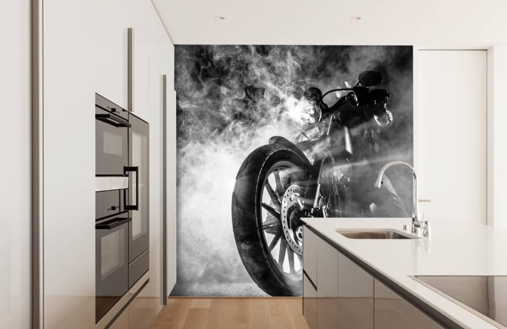 Zwart Wit behang - Motor met rook - Tienerkamer 4