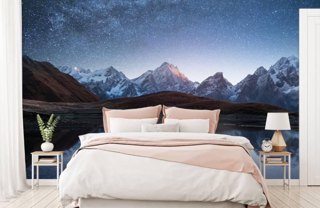 Winter - Bergen met sneeuw bij nacht - Slaapkamer 1