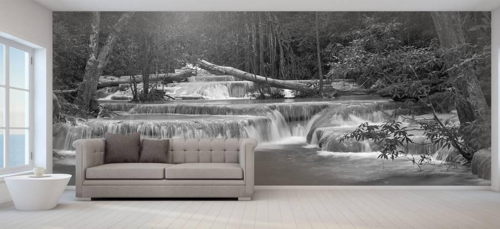 Watervallen - Brede waterval in het bos - Kantine 2