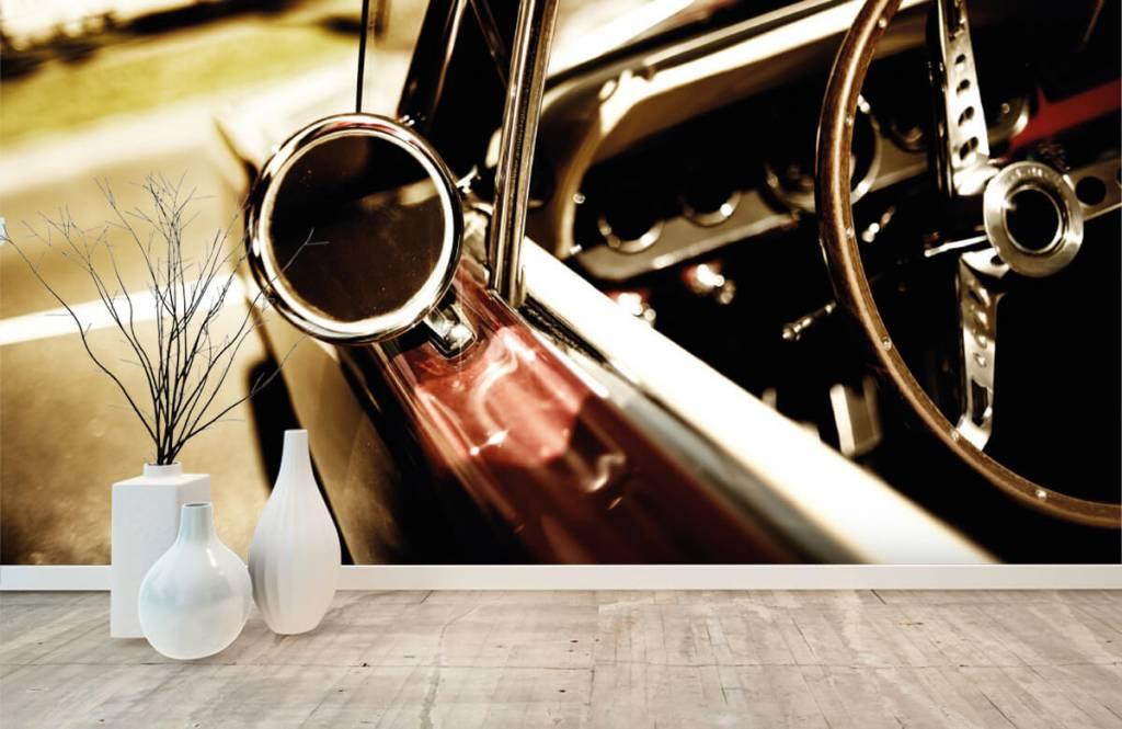 Transport - Close-up rode klassieke auto - Slaapkamer 8