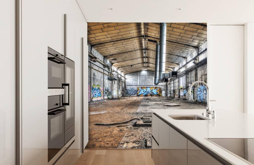 Gebouwen - Oude verlaten fabriekshal - Tienerkamer 4