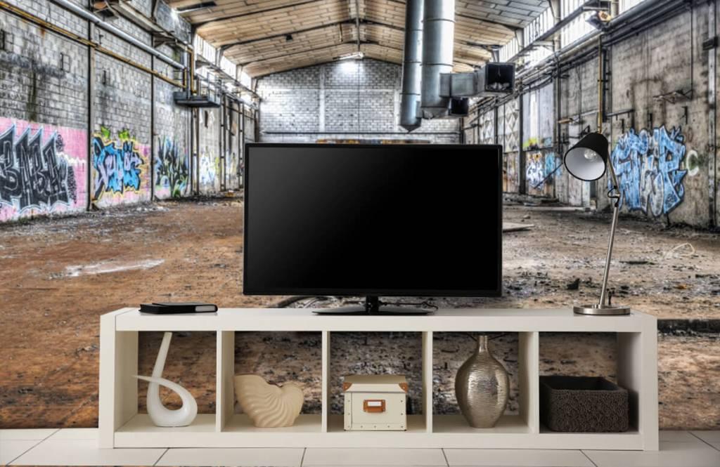 Gebouwen - Oude verlaten fabriekshal - Tienerkamer 5