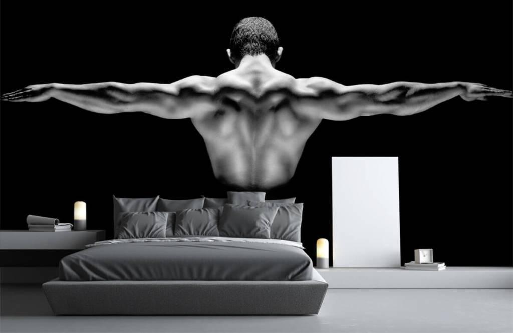 Fitness - Man met gestrekte armen - Garage 3