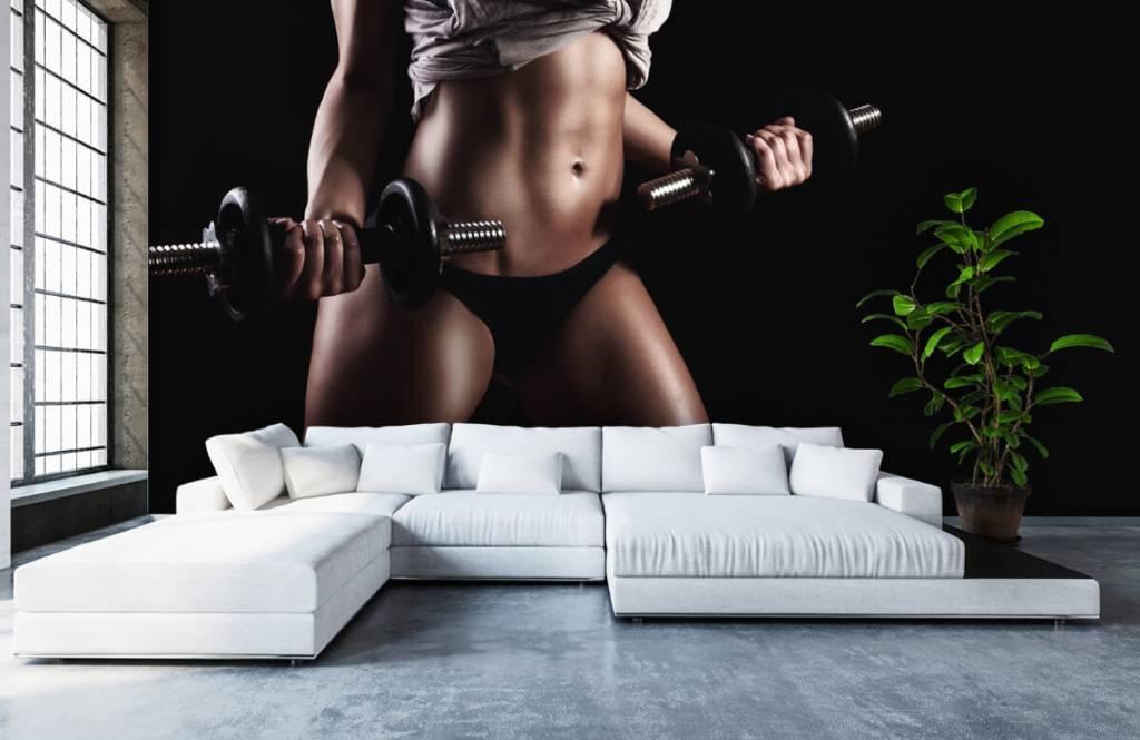 Sport en Fitness - Vrouw met buikspieren - Garage 3