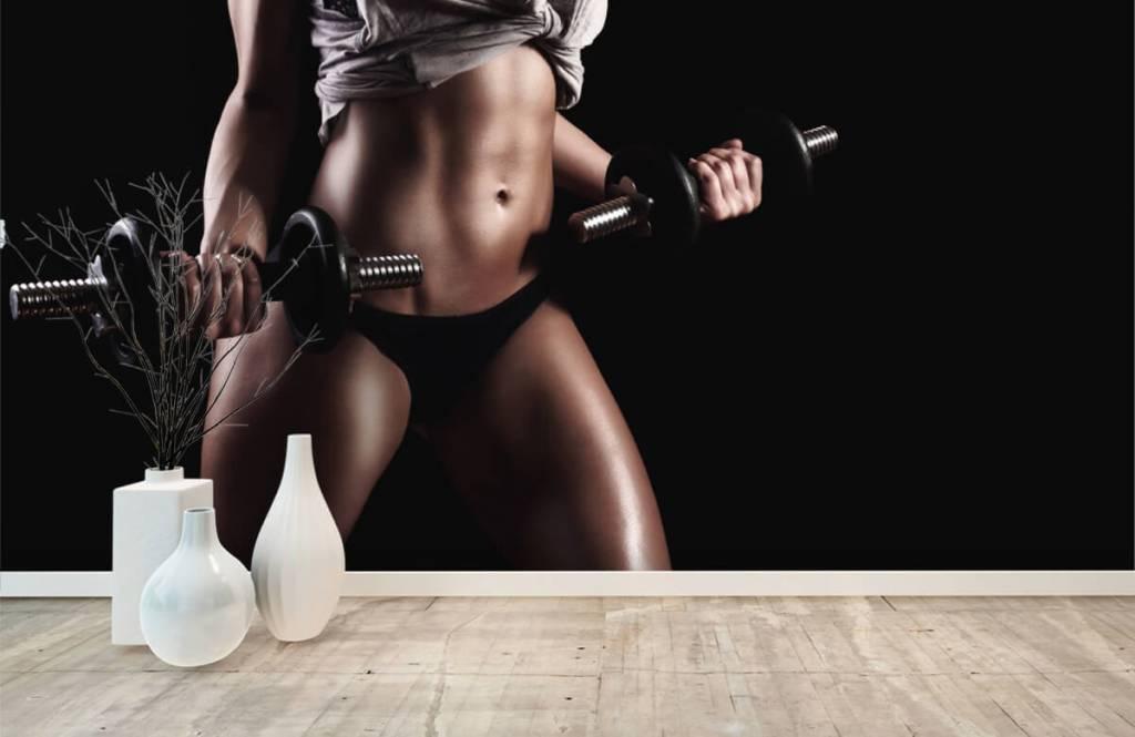 Sport en Fitness - Vrouw met buikspieren - Garage 7