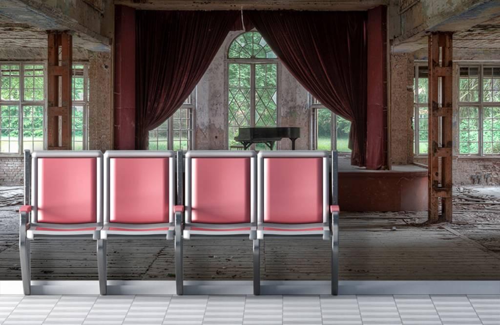 Gebouwen - Piano in oud sanatorium - Woonkamer 1