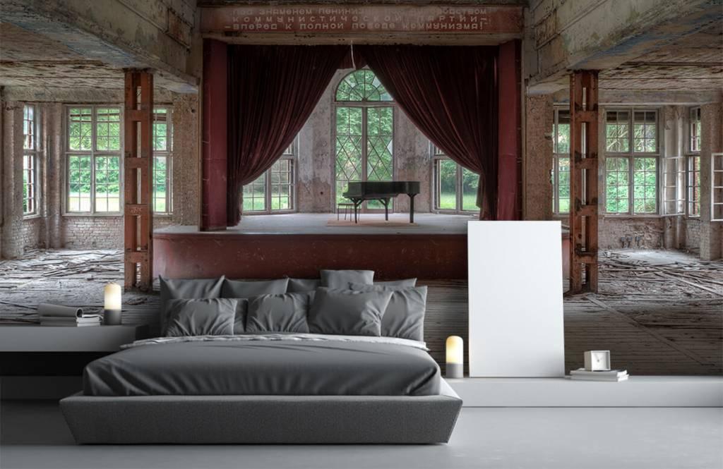 Gebouwen - Piano in oud sanatorium - Woonkamer 5
