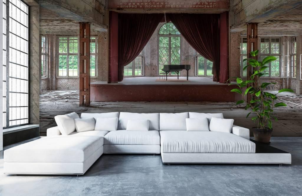 Gebouwen - Piano in oud sanatorium - Woonkamer 8