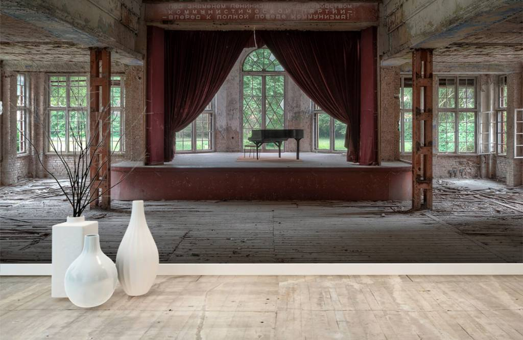 Gebouwen - Piano in oud sanatorium - Woonkamer 9