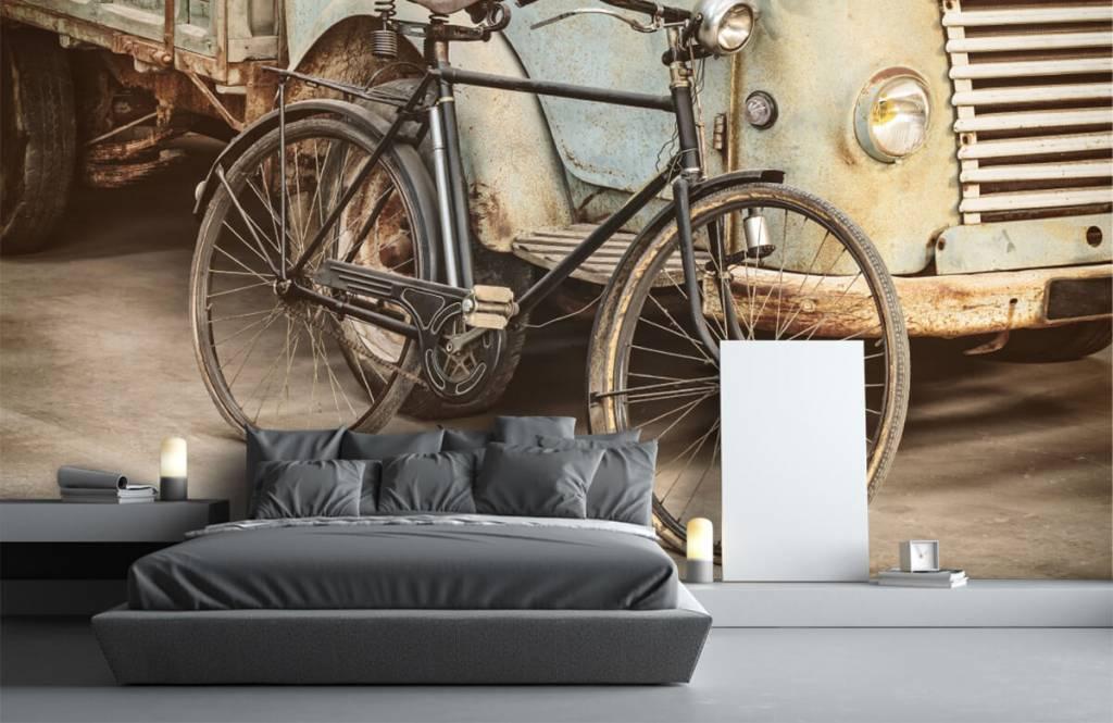 Retro behang - Retro oude fiets met vrachtwagen - Slaapkamer 4