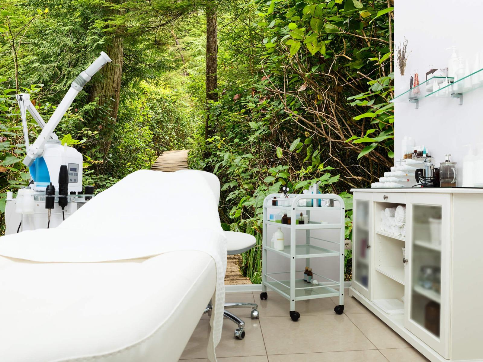 Bos behang - Houten pad door het groen - Slaapkamer 11
