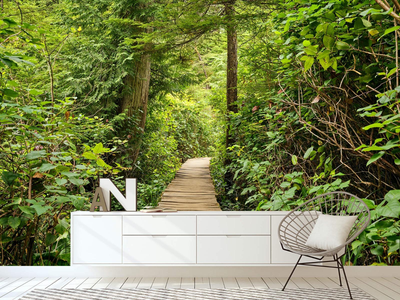 Bos behang - Houten pad door het groen - Slaapkamer 6