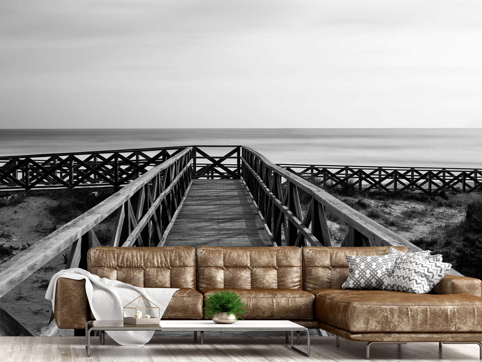 Zwart Wit behang - Loopbrug naar het strand - Hal 14
