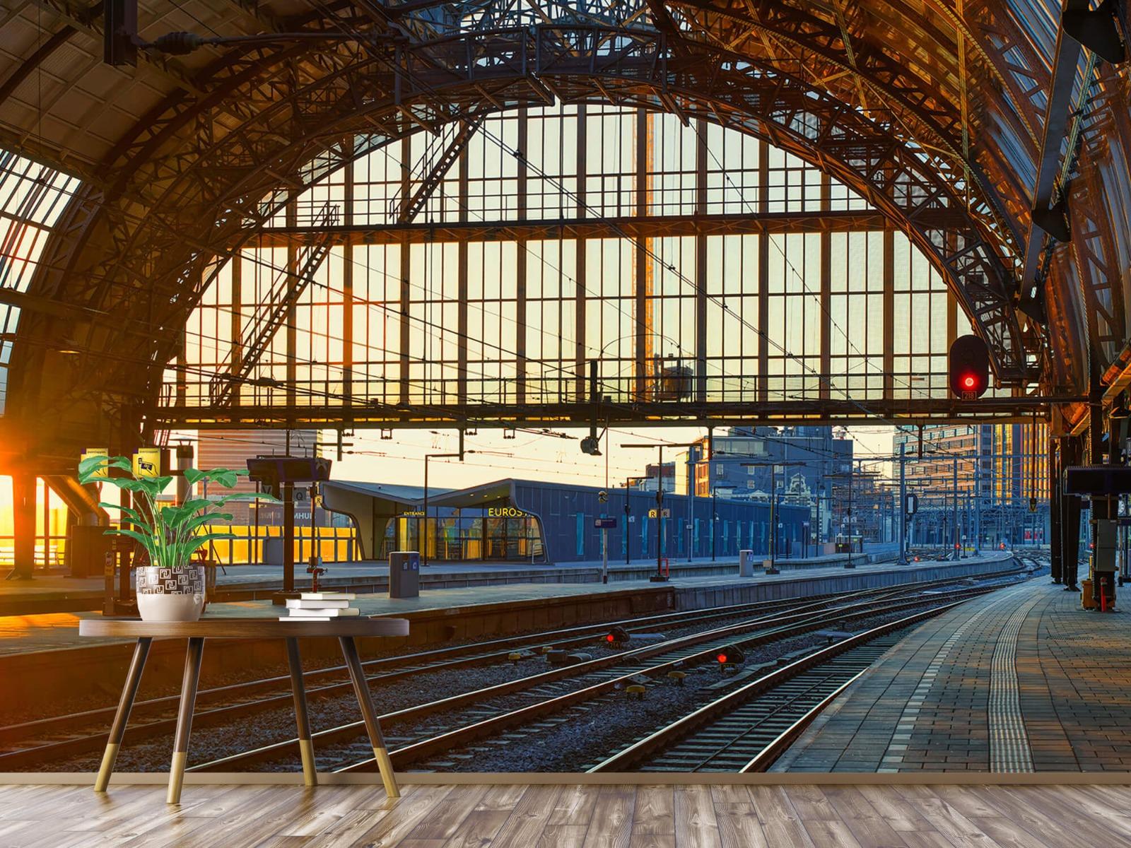 Gebouwen - Zonsopgang op het station - Tienerkamer 4