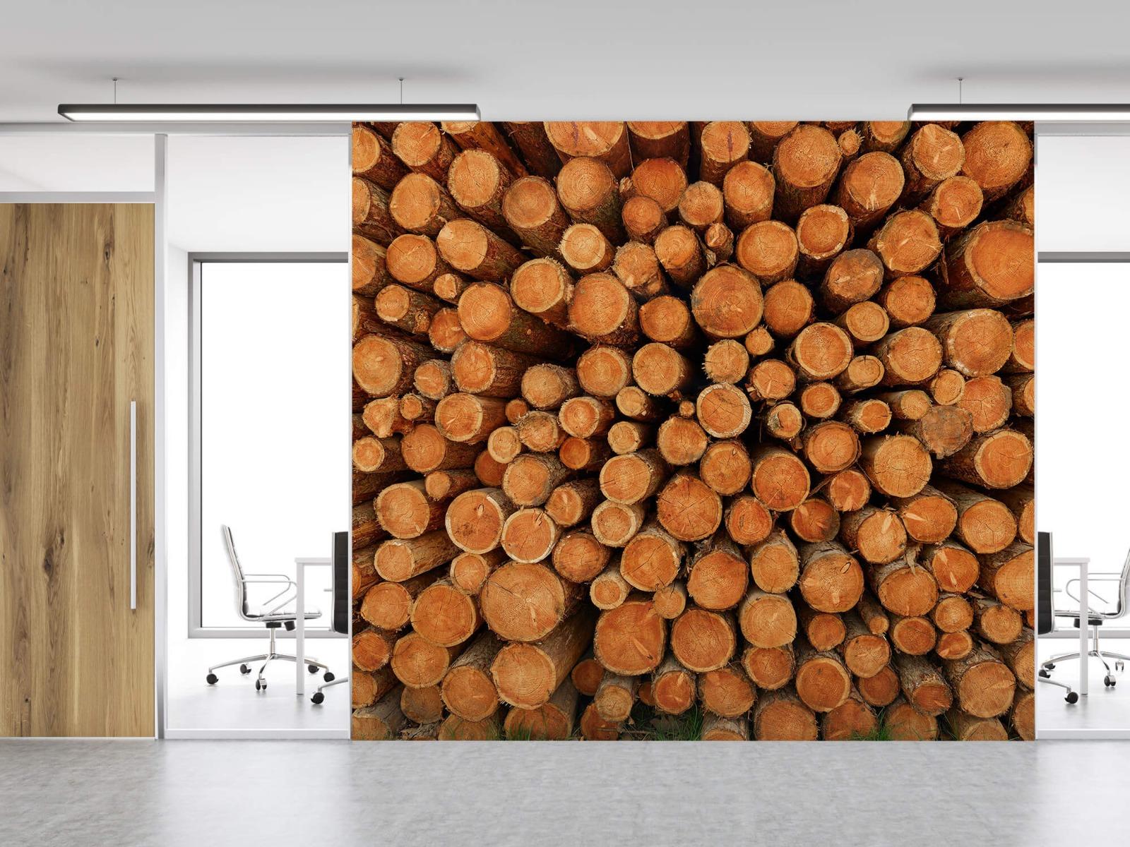 Bomen - Stapel donkere boomstammen - Slaapkamer 11