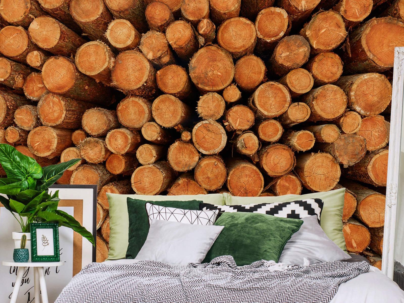 Bomen - Stapel donkere boomstammen - Slaapkamer 12