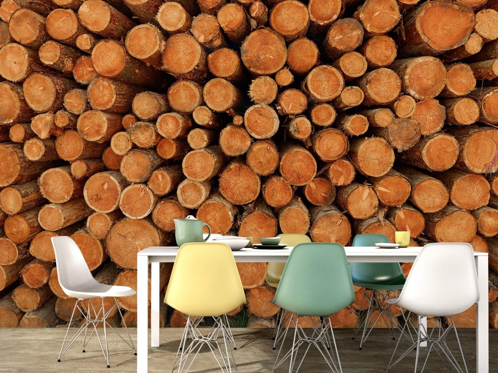 Bomen - Stapel donkere boomstammen - Slaapkamer 15