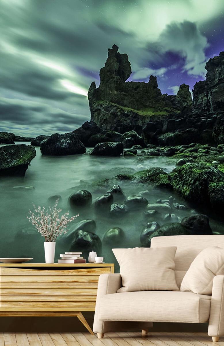 Natuur Noorderlicht boven rotsen 2