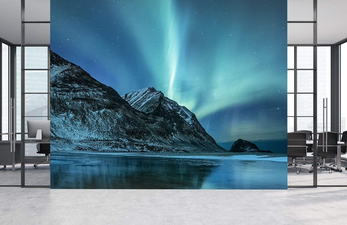 Natuur Groen noorderlicht boven de bergen 4