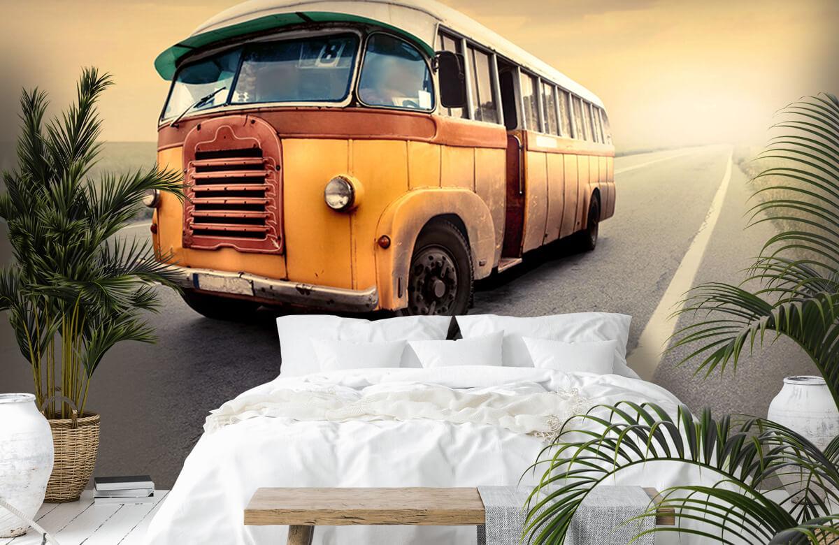 Transport Bus op een verlaten weg 7