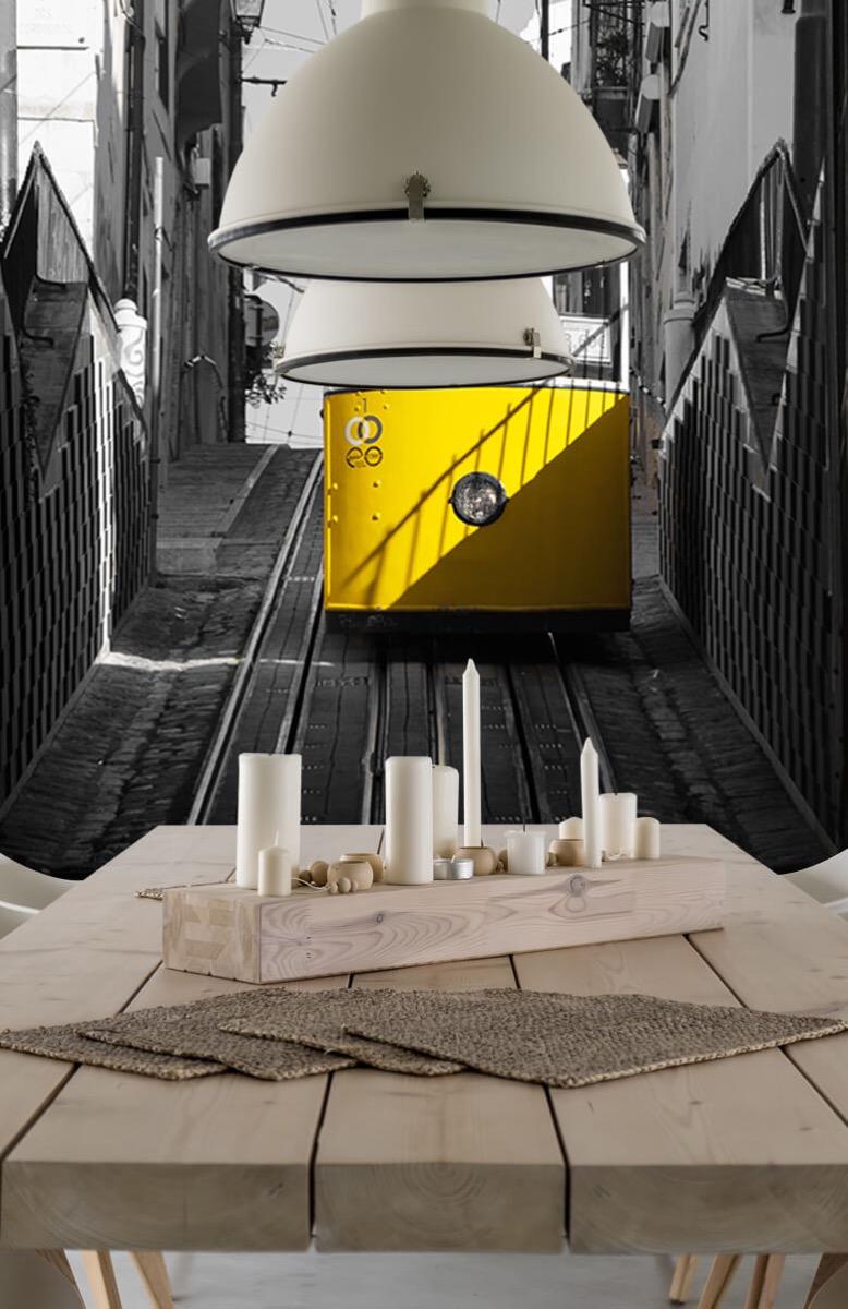Transport Tram zwart wit geel 1