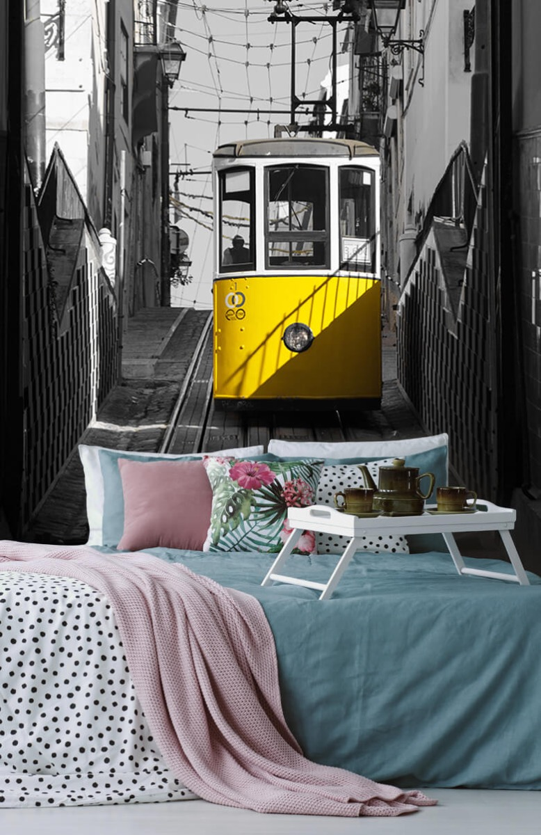 Transport Tram zwart wit geel 12