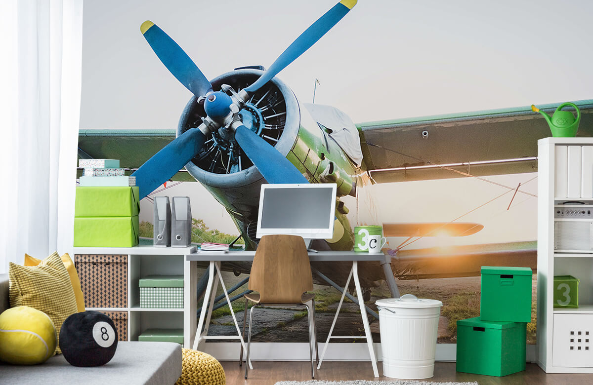 Transport Klein eenmotorig privévliegtuig 9