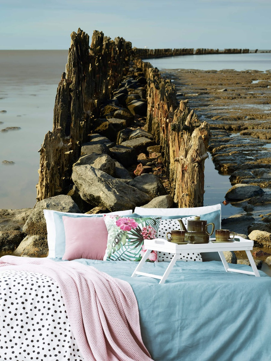 Zee - Golfbreker van hout en steen 6