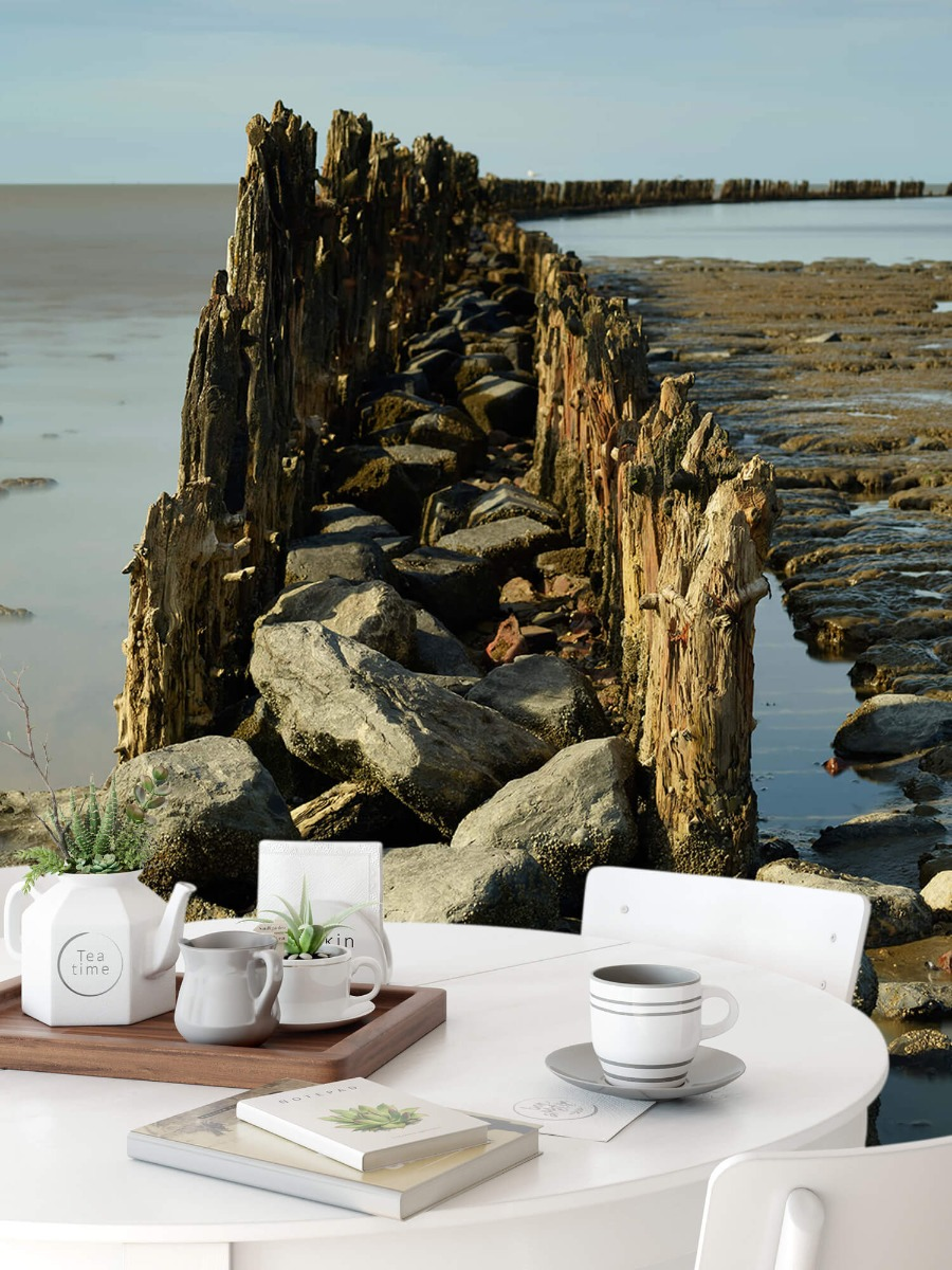 Zee - Golfbreker van hout en steen 9