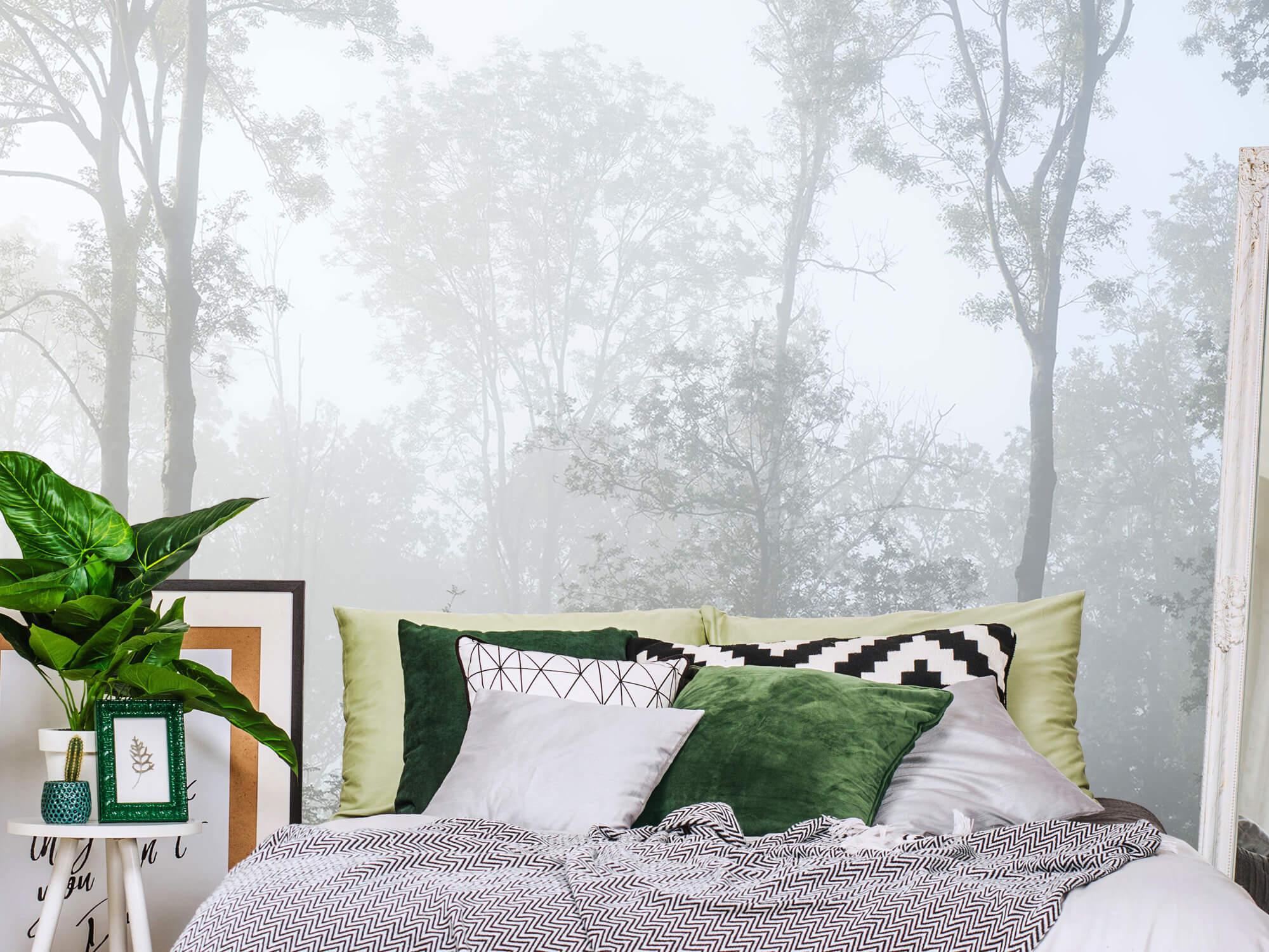 Bos behang Dichte mist in het bos 12