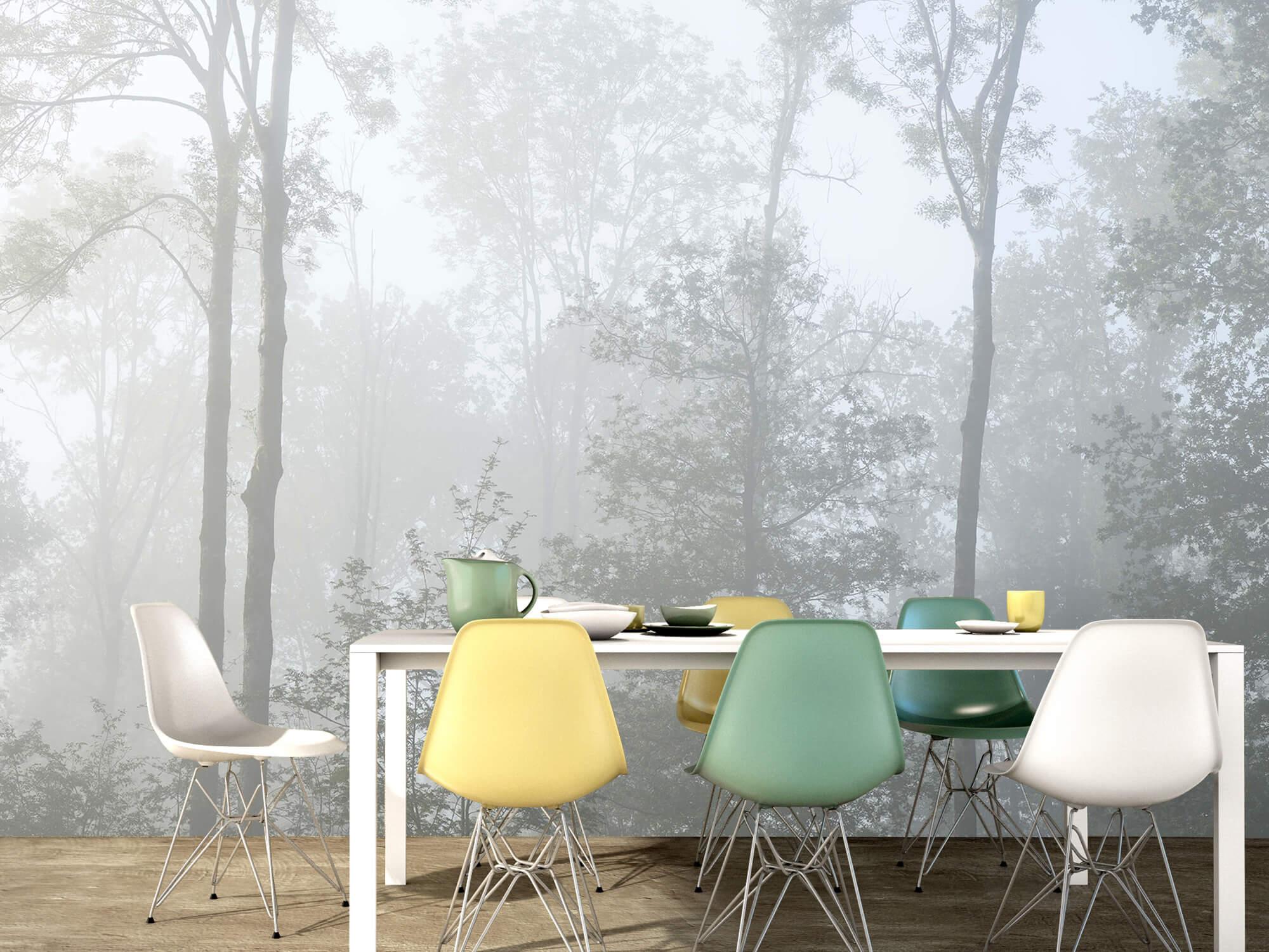 Bos behang Dichte mist in het bos 15