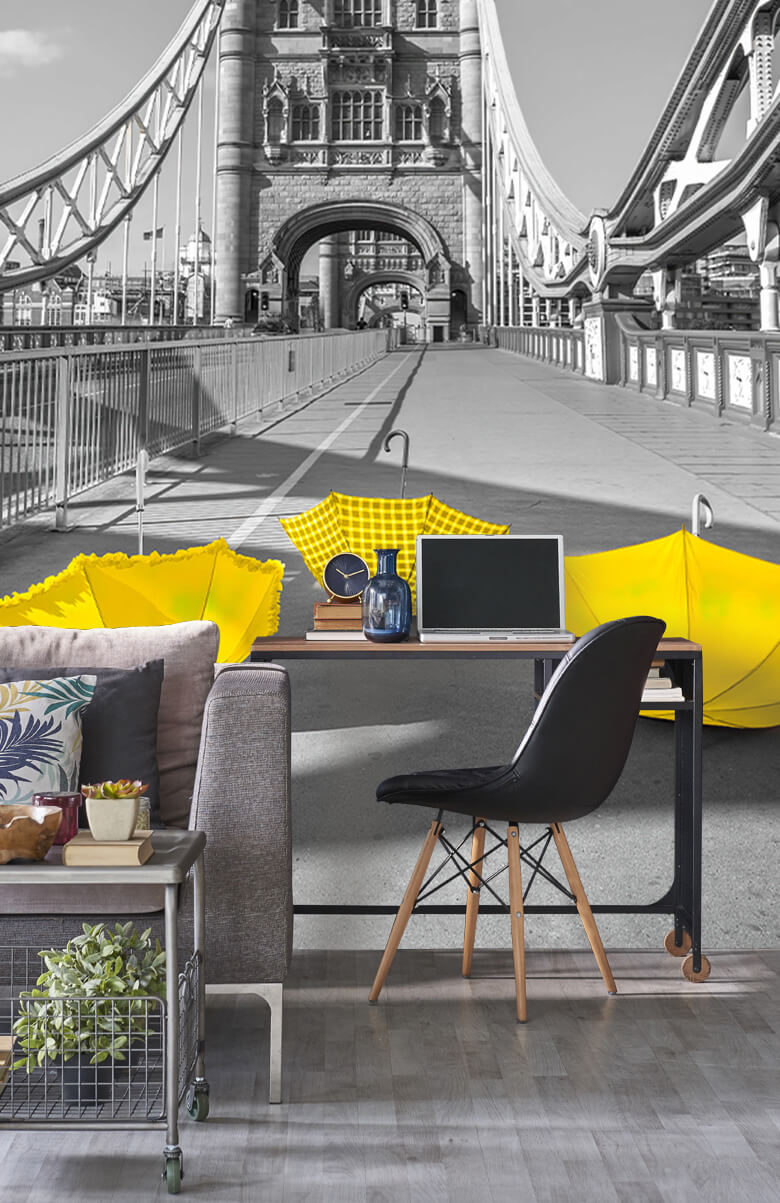 Gele paraplu's op Tower bridge 11