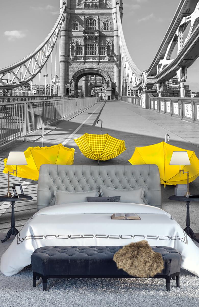 Gele paraplu's op Tower bridge 6